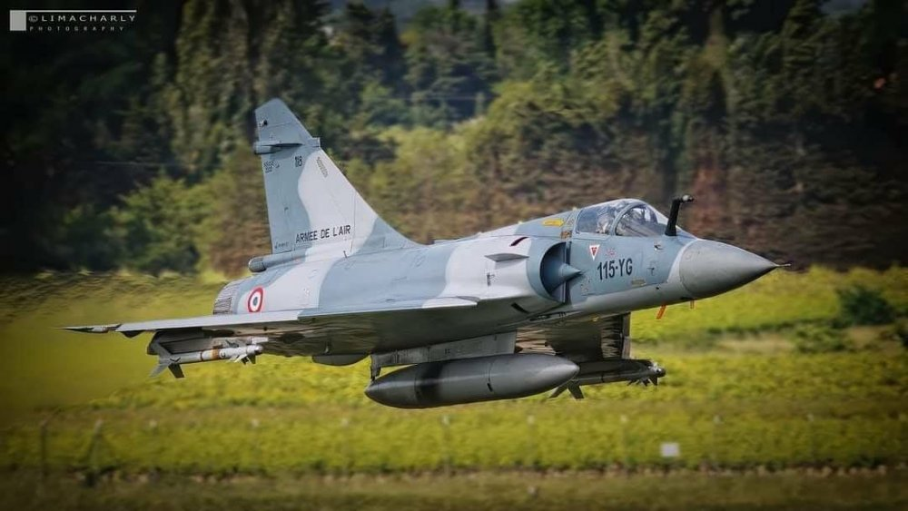 Mirage takeoff.jpg